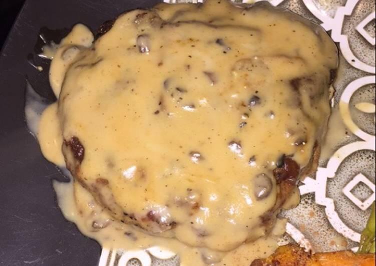Baked Pork Chops with Creamy Mushroom Sauce