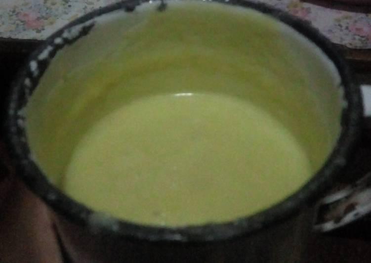 Avocado And Fermented Cream Smoothy