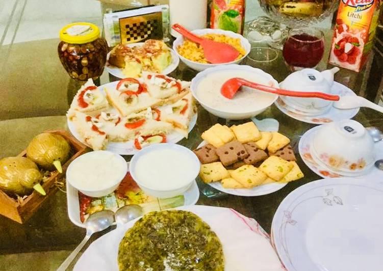 #Maize flour Methi Parantha,Sandwiches,Wheat Porridge,Honey Almonds,juices
