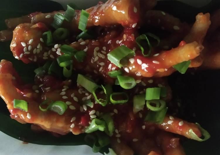 Ceker pedas korea siple (Maeun dakbal)