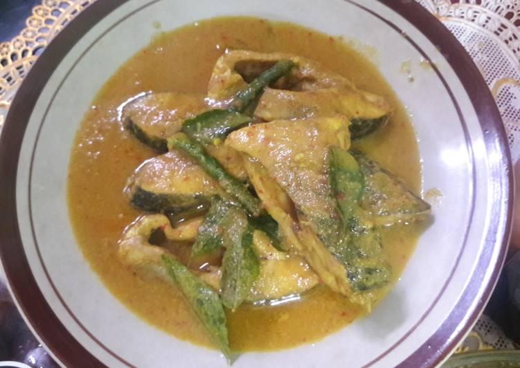 Gulai ikan asam keueng aceh sederhana