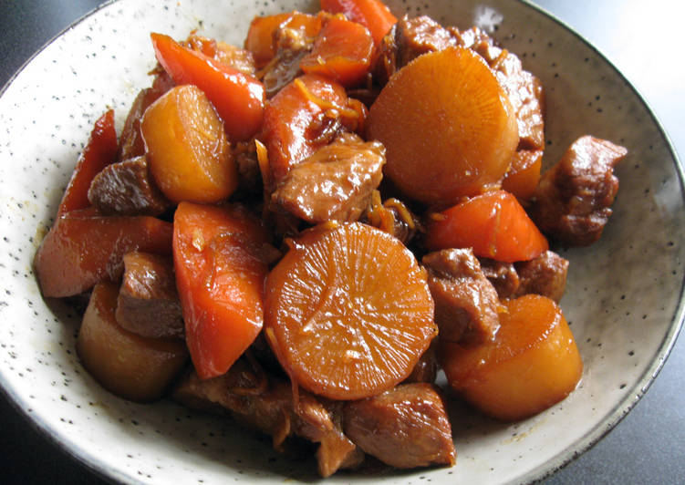 Selecting The Best Foods Will Help You Stay Fit And Also Healthy Simmered Daikon, Carrot & Pork