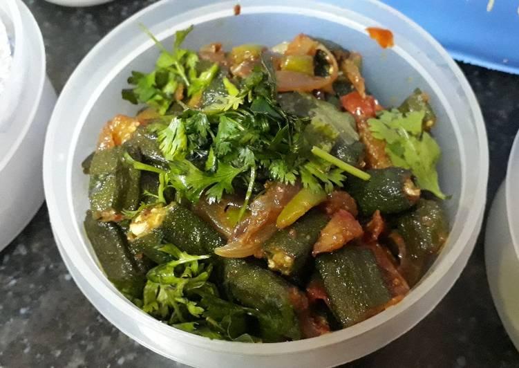 Get Lunch of Special Sindhi Masala Okra / Bhindi