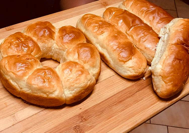 How to Prepare Delicious Dinner Rolls and Hot dog rolls
