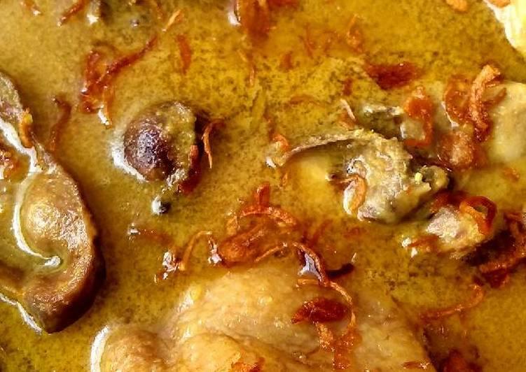 Opor ayam resep my mom 😊
