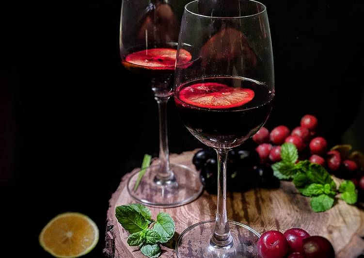 Easiest Way to Prepare Homemade Red Wine Sangria