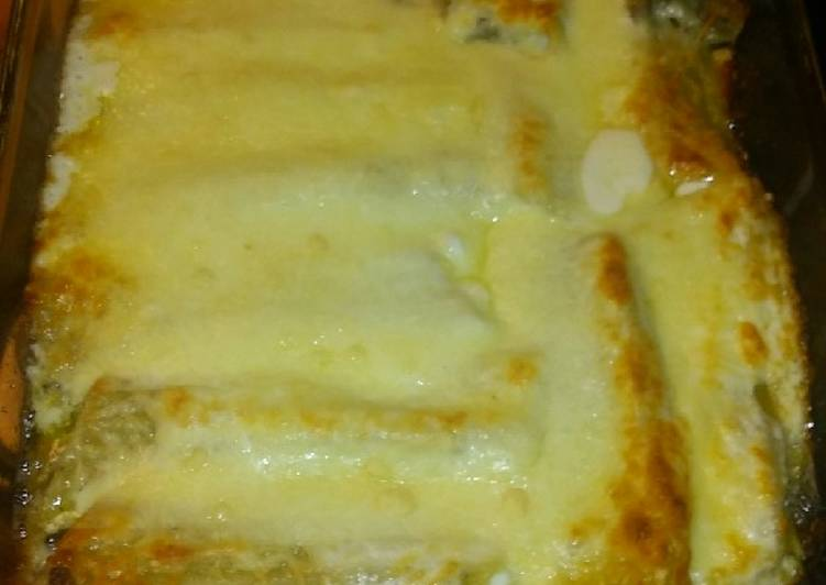 Steps to Prepare Perfect Creamy Beef Stuffed Manicotti
