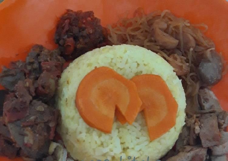Nasi kuning magicom simpel enakkk - cookandrecipe.com