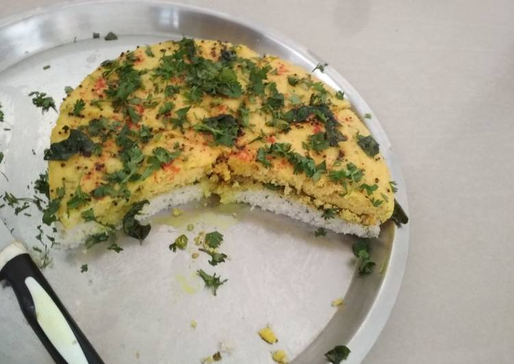 Sandwich Dhokla (without curd)