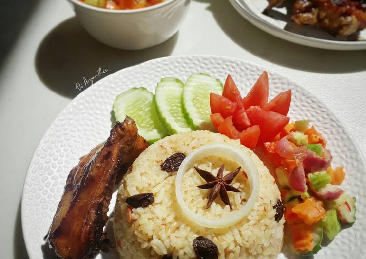 103. Nasi kebuli Ayam bakar
