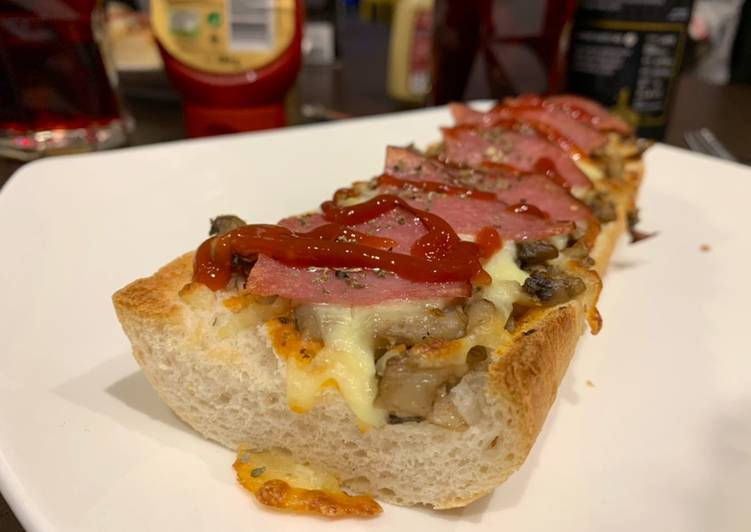 Pizza bread a.k.a. Zapiekanka