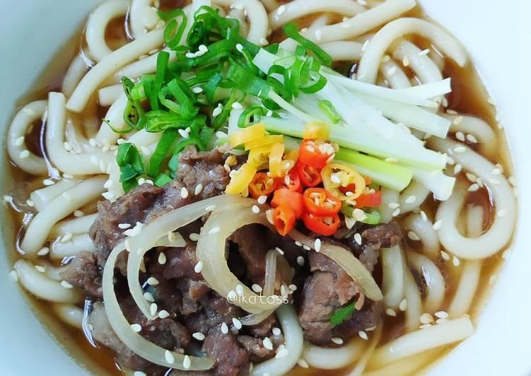 Langkah Mudah Menyiapkan Beef udon rumahan Menggugah Selera
