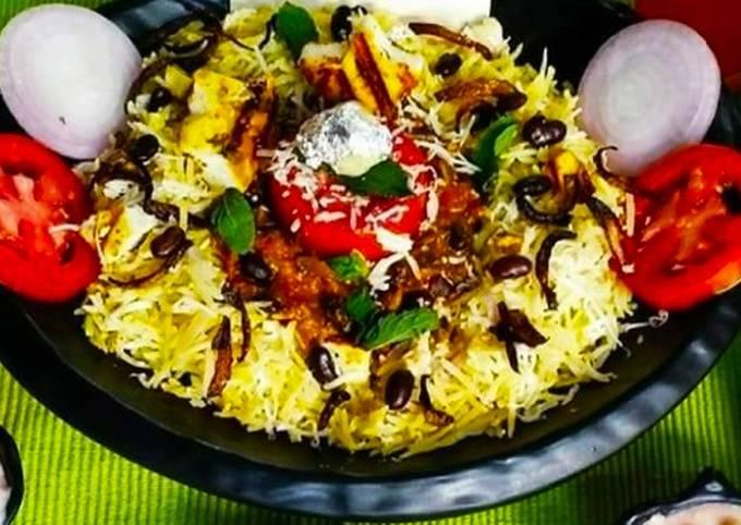 Recipe of Homemade Saffron dum Biryani with Rajma curry