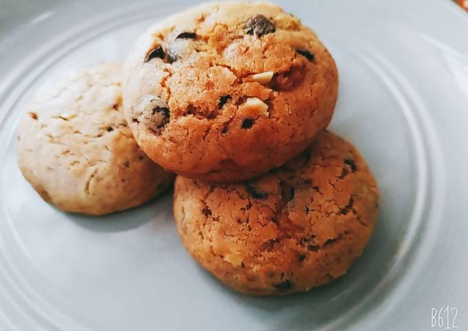 Chocolate chip cookies (2)