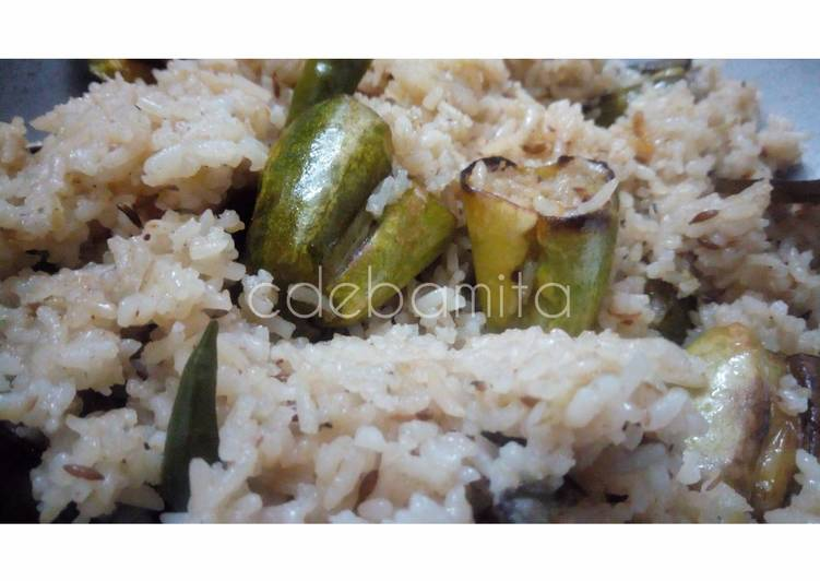 Simple Way to Prepare Quick Parwal Pulao (Chal Potol)
