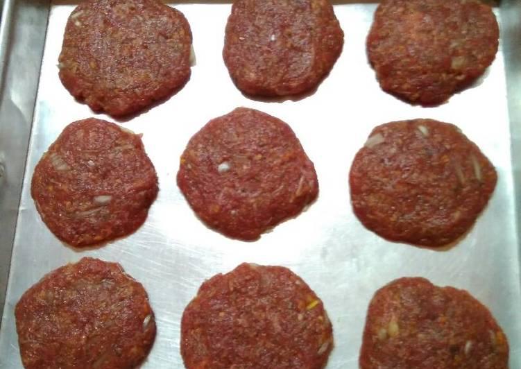 Resep Daging burger/patty beef burger oleh Indri Endika - Cookpad