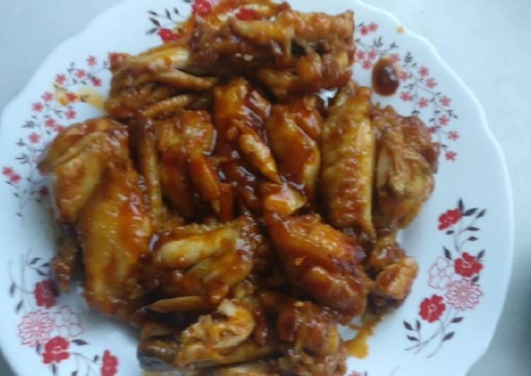 Alitas de pollo al salsa especial china