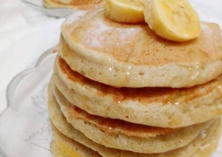 Fluffy Banana Pancake