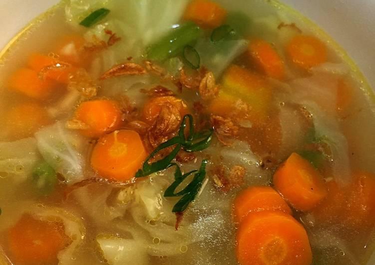 Sop sayur sederhana tanpa daging