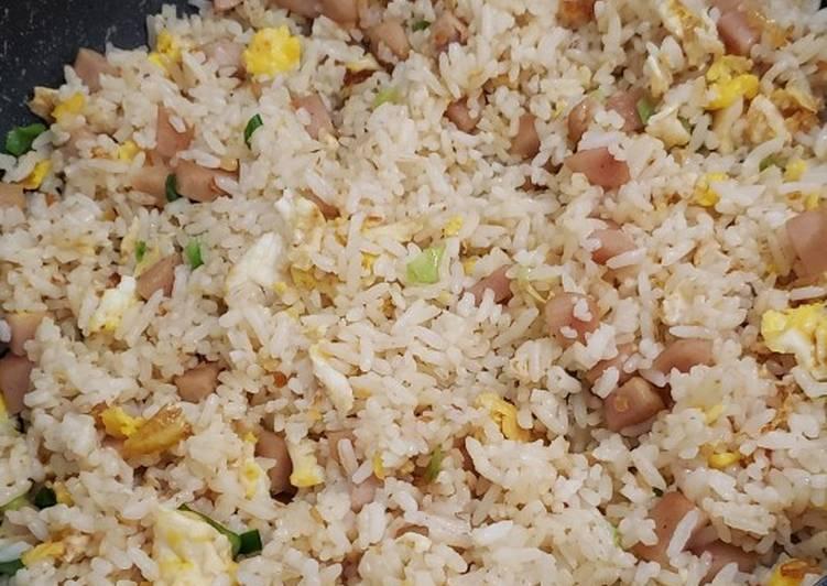Nasi Goreng mentega sosis (nasi sisa)