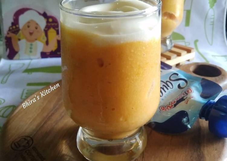 Smoothie Pisang Mangga Toping Yogurt