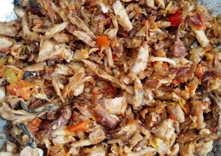 Tongkol suwir sambal bawang - cookandrecipe.com