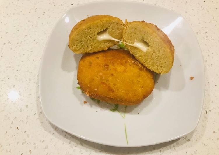 Falafel rellenos con queso