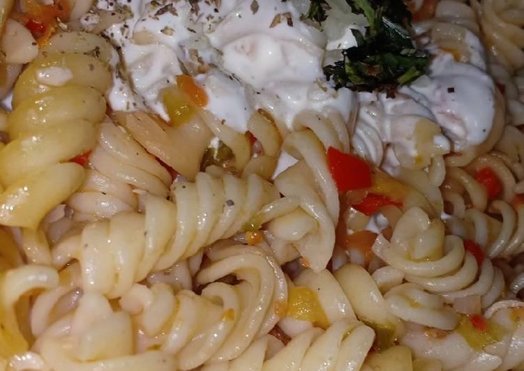 Recipe of Perfect Fusilli Tomato Pasta With Sour Cream Sauce