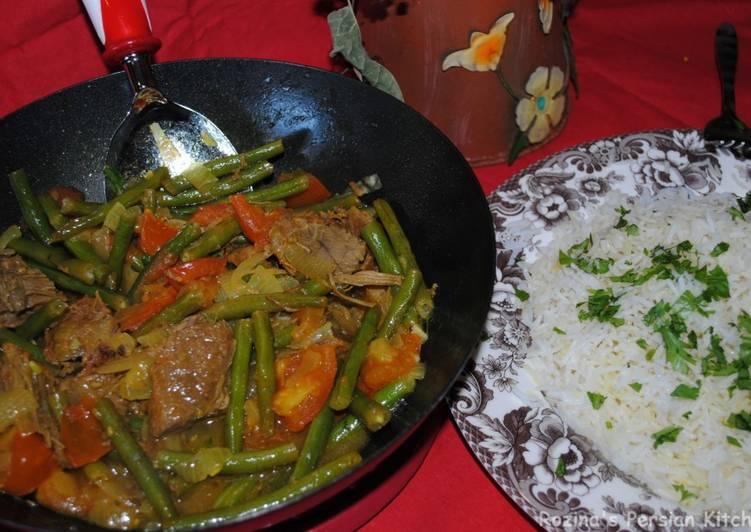 Green Beans Stew With Beef خورشت لوبیا سبز