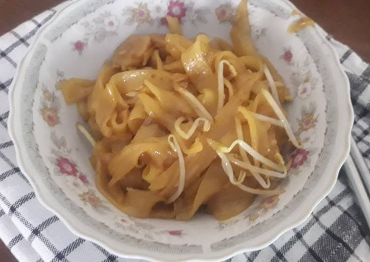 Simple fried kwetiao