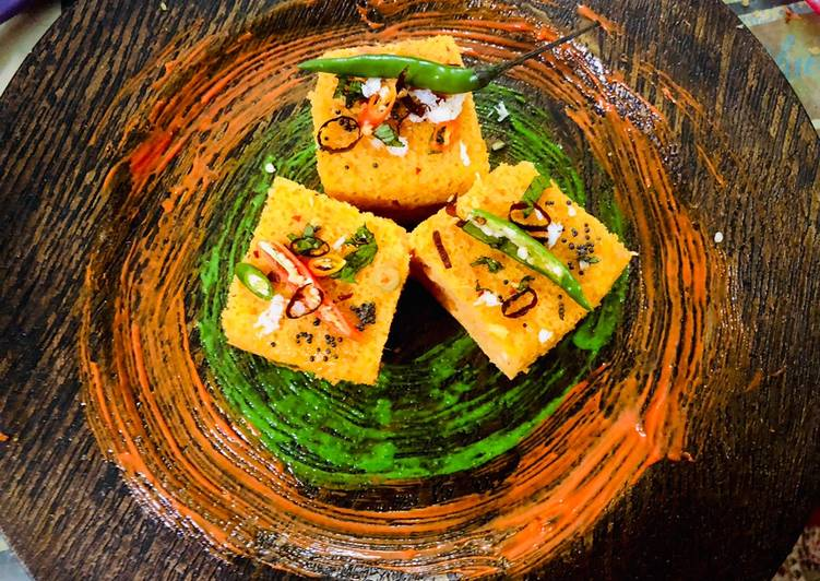 Veggie stuffed Moong dal and Oats Dhokla