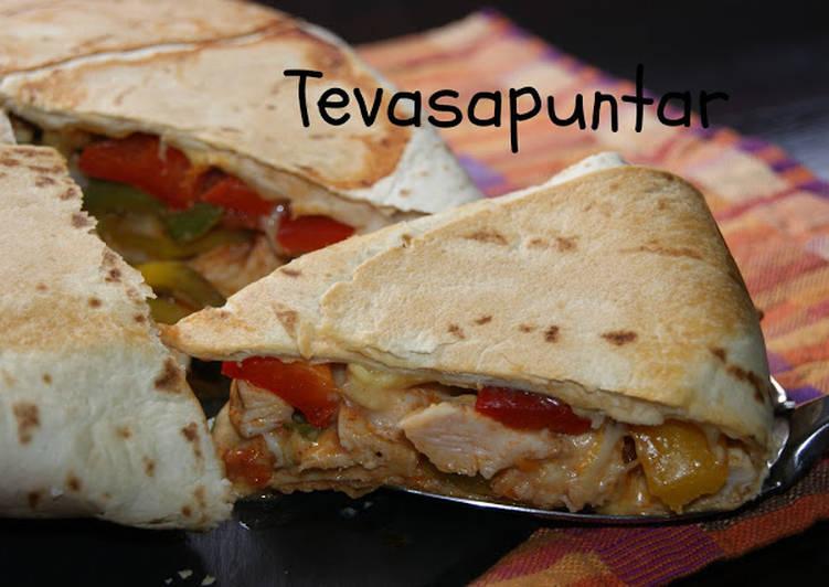 Empanada burrito mexicano