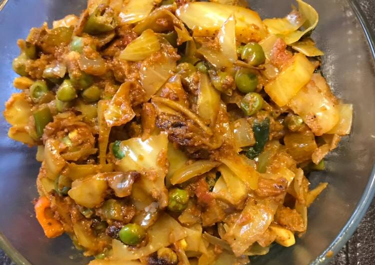 Old Fashioned Dinner Easy Cooking Parveen's Green Cabbage (Kobi)