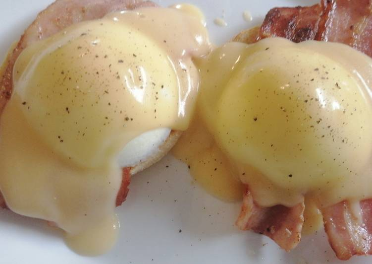 Easiest Way to Make Quick Eggs Benedict