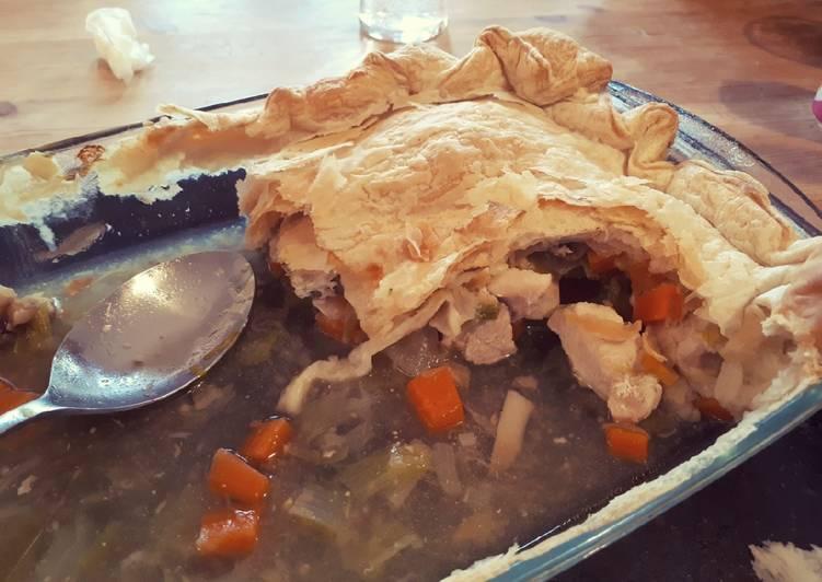How to Prepare Homemade Chicken, Leek and Tarragon Pie