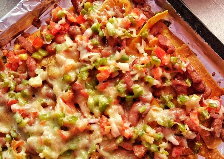 Easiest Way to Make Award-winning Nachos Supreme with Kidney Beans and Veggies