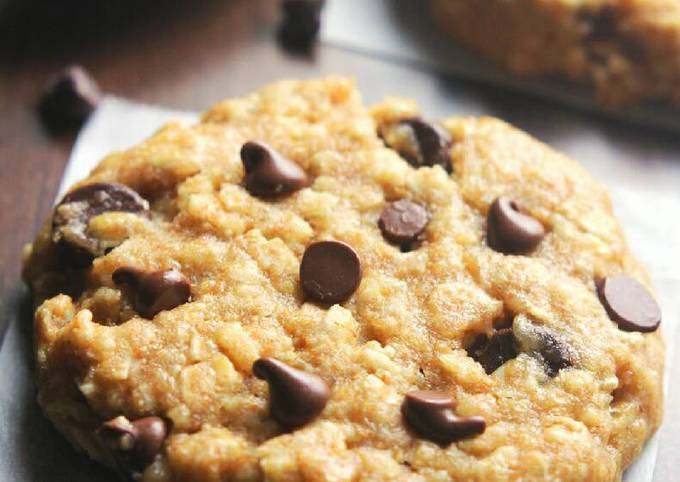 Recipe Good peanut butter cocolate chip oatmeal cookies.