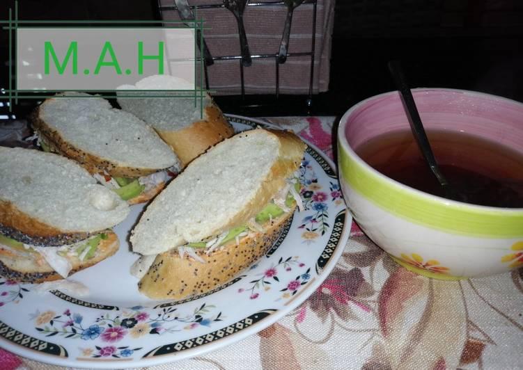 Chichen, avocado sandwich
