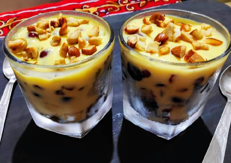 Custard Fruit trifle