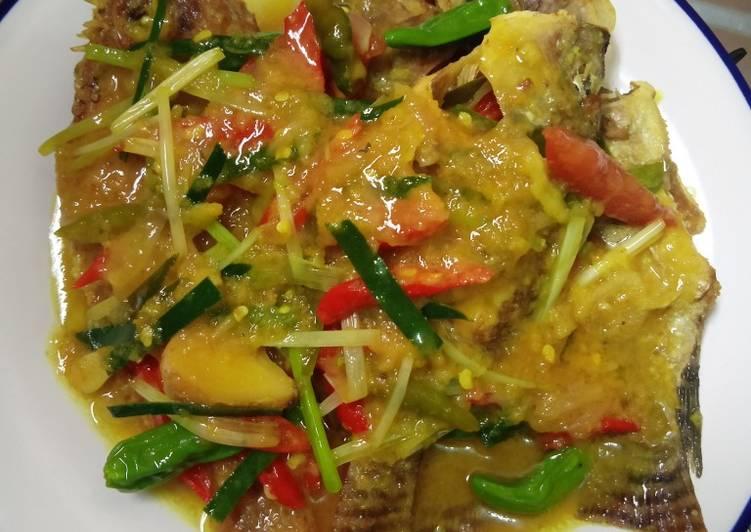 Ikan Nila Bumbu Acar Kuning #29 - cookandrecipe.com