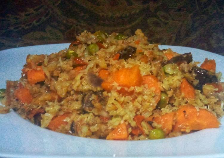 Cauliflower jollof rice