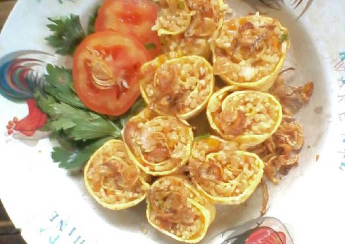 Rice 'n Roll \m/ ^_^ Nasi Goreng Gulung Telur