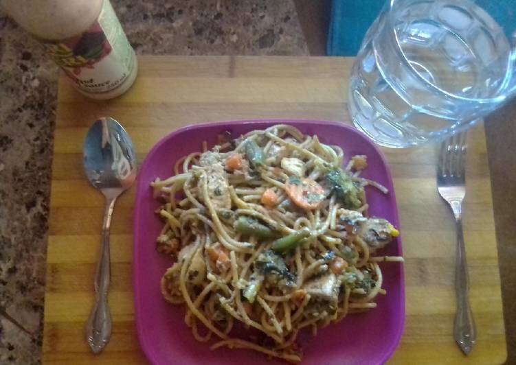How to Prepare Favorite Chicken and mix veggie spaghetti special