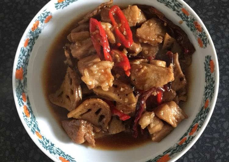 Sweet spicy pork with lotus stem