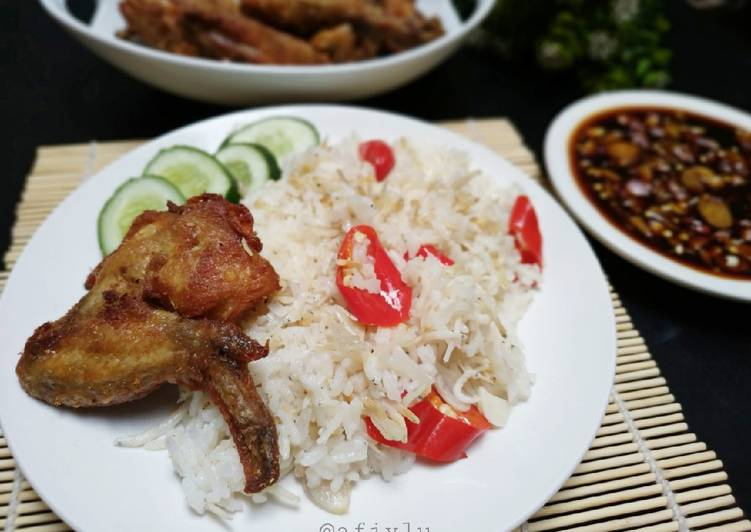 Nasi Liwet Rice Cooker (Magic Com)