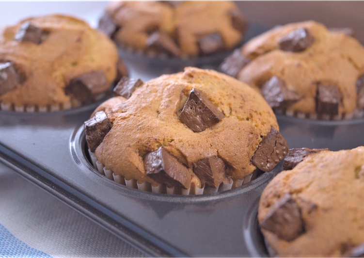 Chocolate Chunk  Pistachio Muffins ☆Recipe Video☆
