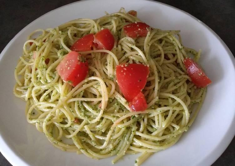 Recipe: Delicious Pesto Pasta