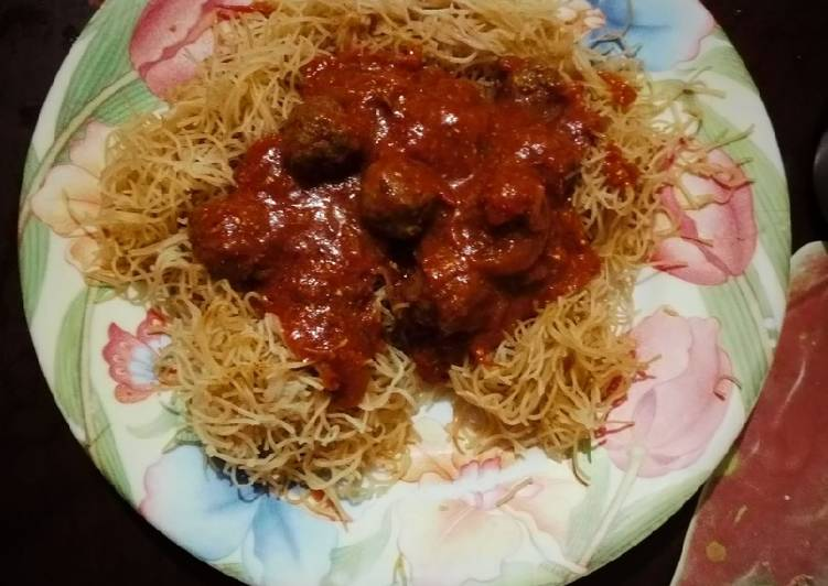 How to Prepare Appetizing Vermicelli & Meatballs