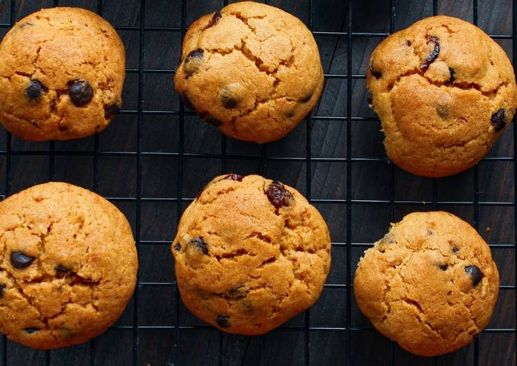 Resep Chocochips Cranberry Chewy Cookies, Lezat