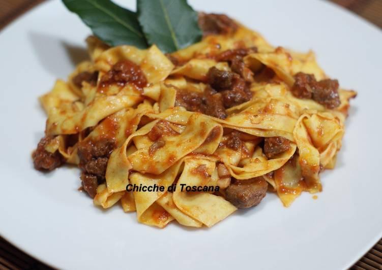 Ricetta Pappardelle al ragù di cinghiale alla Toscana